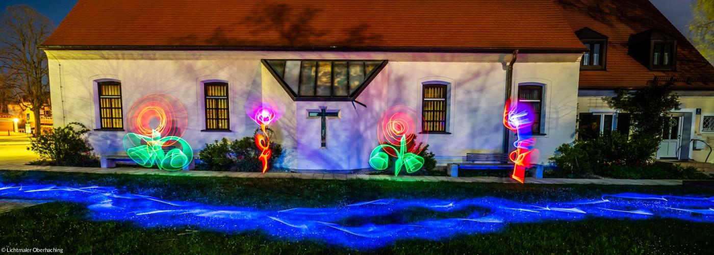 Lichtmaler - Kirche außen